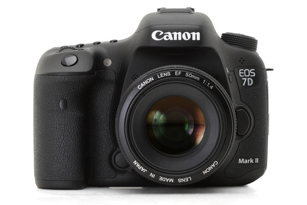 Canon 7D Mark II, a câmera APS-C topo de linha da marca!